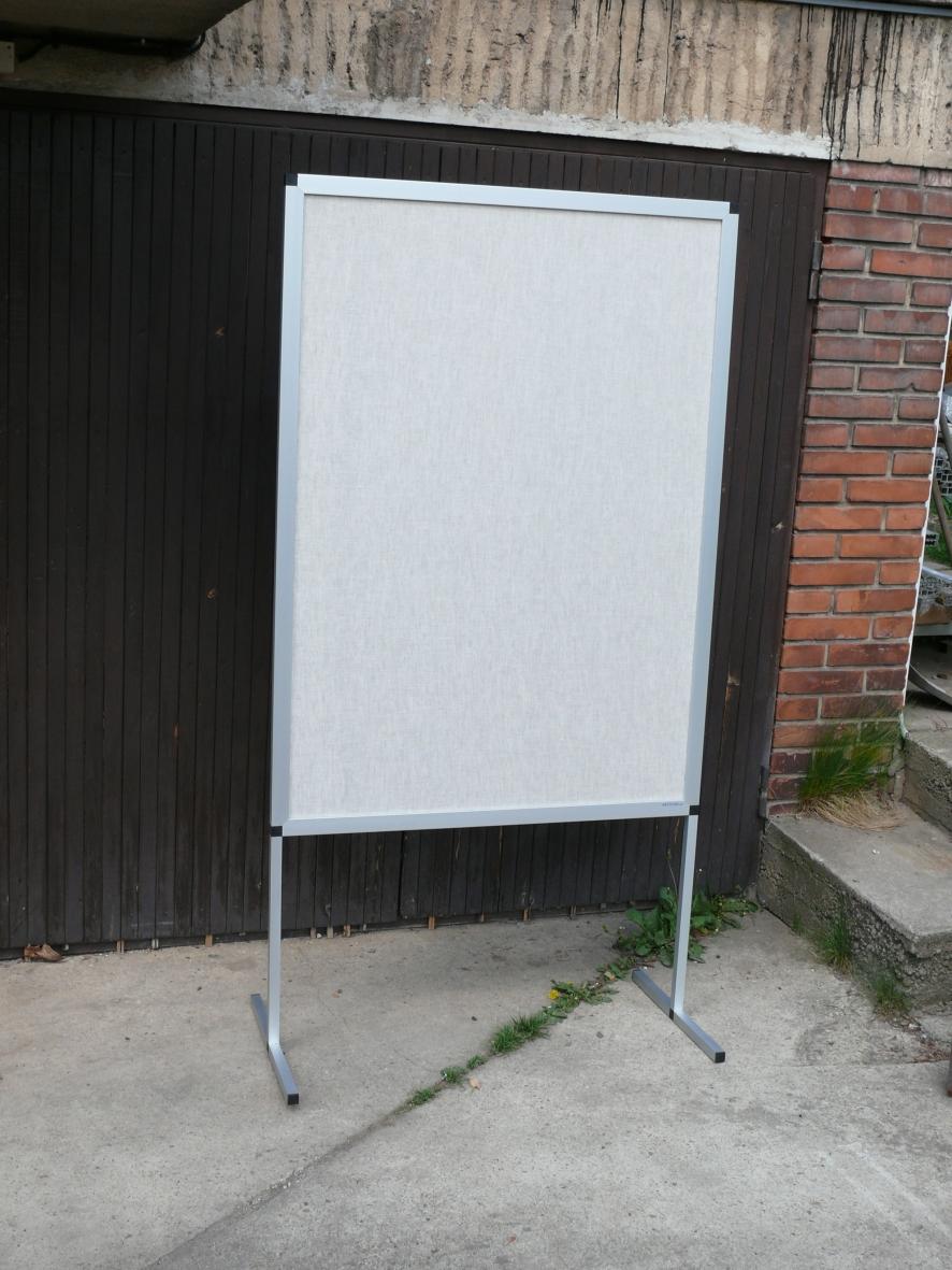 Obrázky z galerie: Pronájem výstavních panelů     (prezentační tabule)